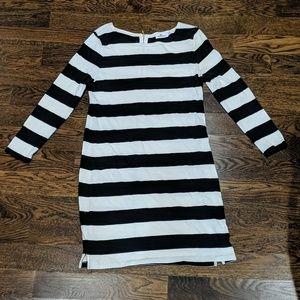 Vineyard Vines Black and White Stripes Dress M